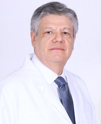 Dr-Alvaro-Arteaga-Ríos-02